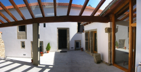 Project to Restore a Rural House into a Rural Tourism Lodging. Porto do Son