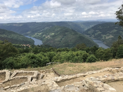 Coordination of the nomination form of Ribeira Sacra to the World Heritage List
